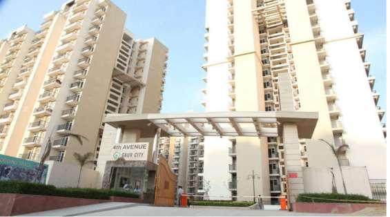 Gaur city 4th avenue apartments at rs 3650 per sq ft