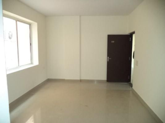 First floor space available for rent in rajajinagar, bangalore.
