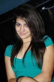 Pooja 09818271697 punjabi college girls and kasmiri models available in delhi and ncr