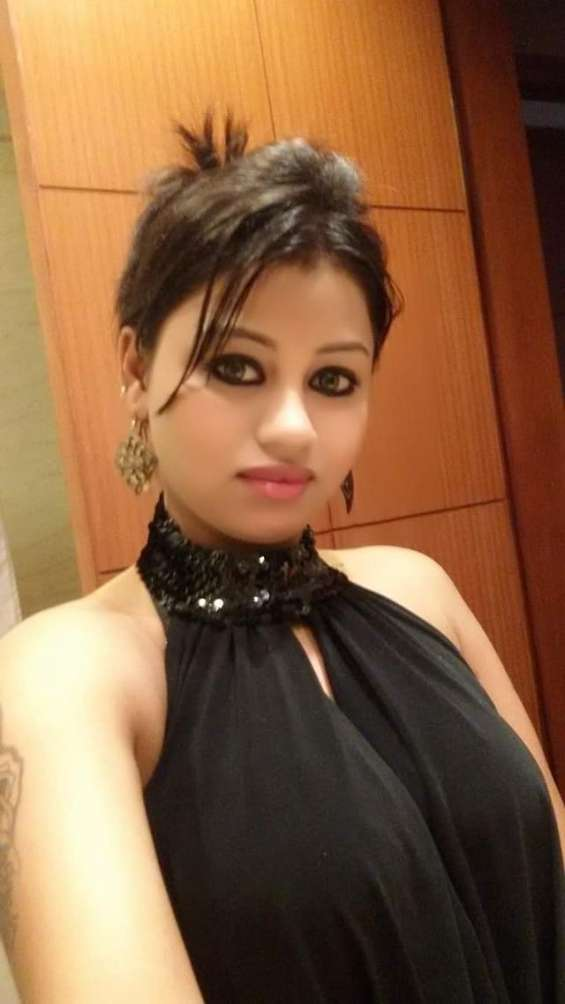 Hot independent females are here in delhi,