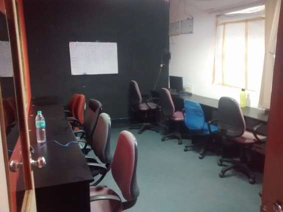 Furnished 1500 sqft with conference, pantry & reception-20 seaters for rent