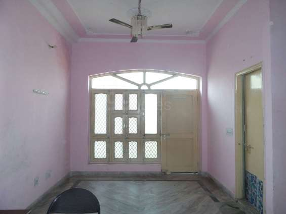 Double bed 2 bhk fully furnished no brokerage alpha sector 1