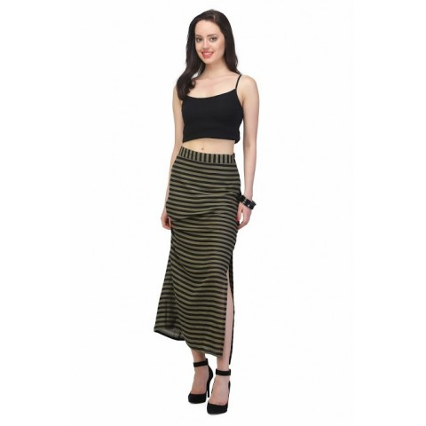 Green skirt with side slit