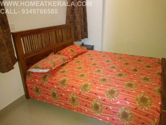 Fully furnished 2 bed flat in thammanam ernakulam for daily weekly rent