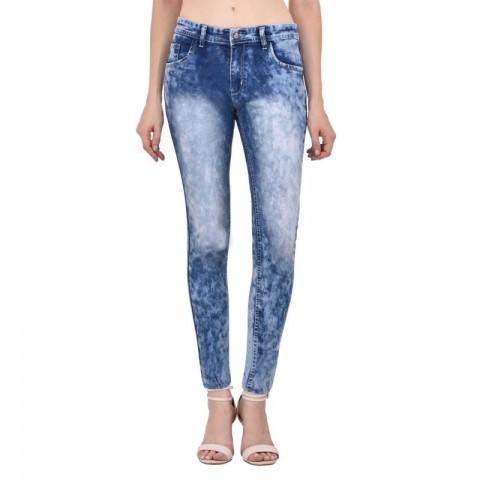 Contemporary regular fit denims for women