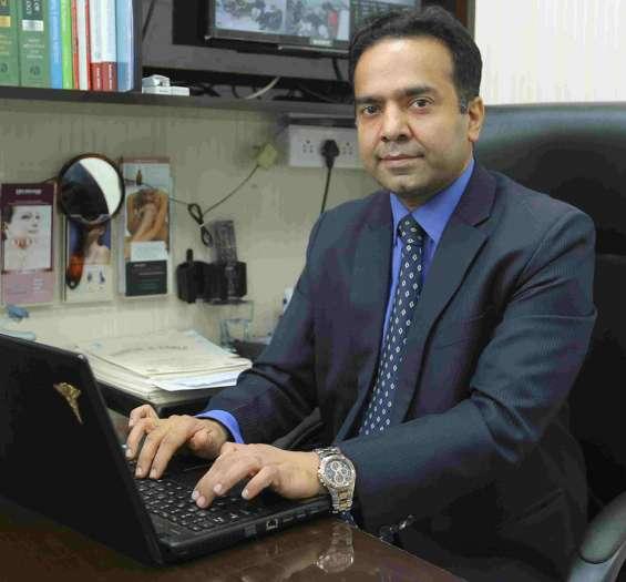 Best dermatologist in delhi - pulastya's cadle skin clinic
