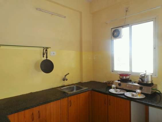 Owner post !! short term 1bhk accomodations for re