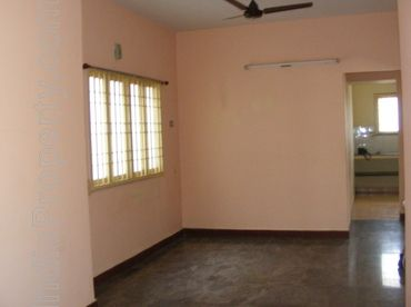2 bhk flat for rent at in wanworie 9767930804
