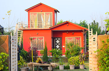Best farmhouses in noida