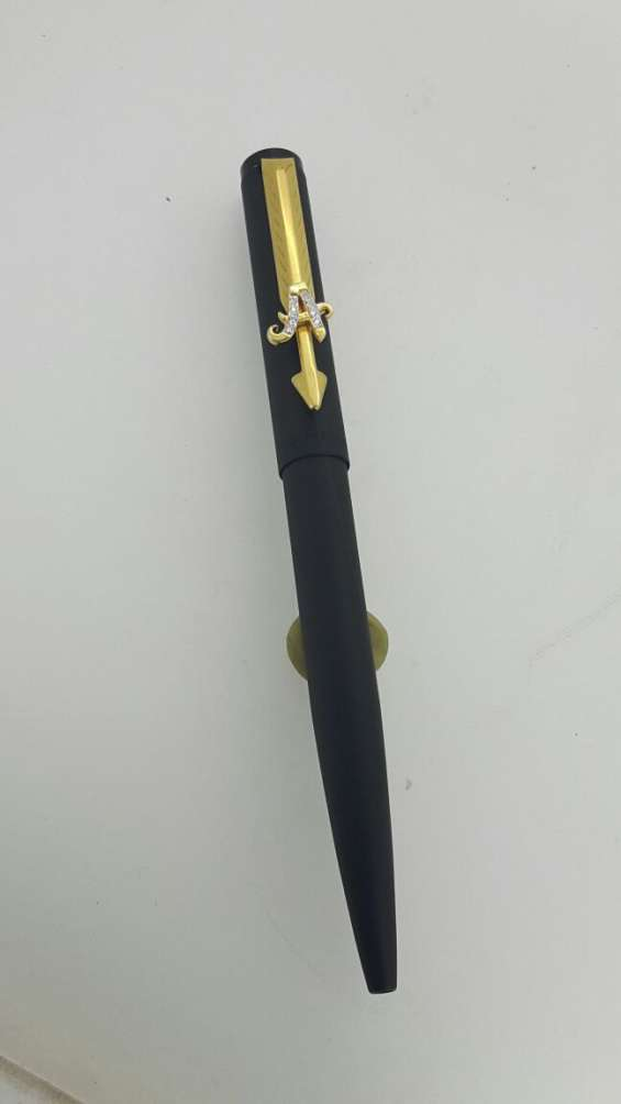 Personalized gold pen