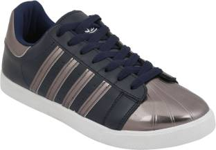 Go for the wider collection of casual footwear's for women's at affordable rates