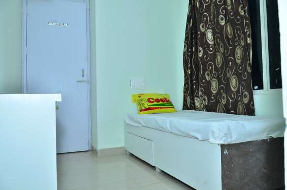 Pictures of Premium shared accommodation in sector 126 noida 2