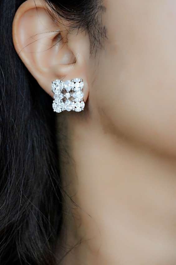 Buy online artificial jewellery in india,fancy earrings,bridal jewelry in delhi