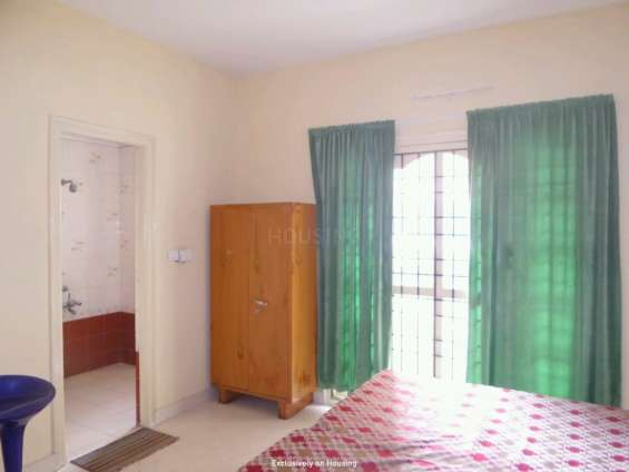 Short/long term furnished flat for rent on horamavu main road r