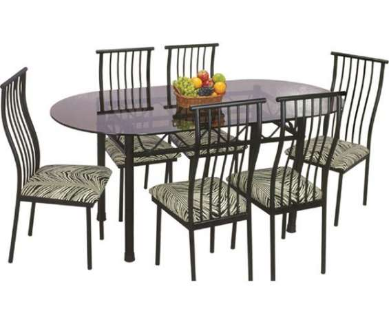 Westgate dining table makes a delightful first impression and surely adds to an extra ordinary dining experience.