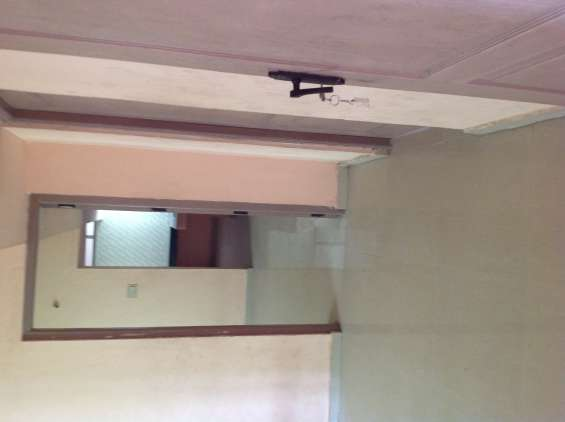 2bhk near psg tech/ avinashi rd/ 24hrs borewater and goodwater walkable to renovated 2bhk