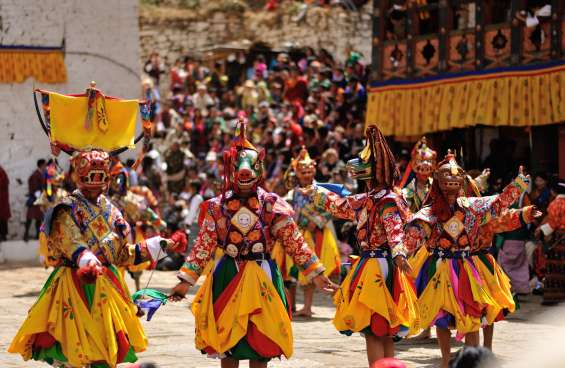 Visit most popular paro tsechu festival of bhutan