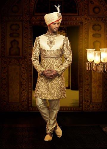 Get latest wedding dresses for the groom | men wedding wear