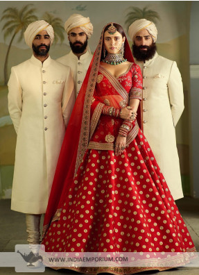 The online wedding lehenga destination, for the latest wedding lehengas choli!