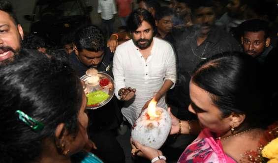 Pawan kalyan to begin janasena porata yatra