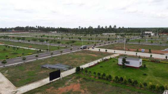Pictures of Apranje grandeur biaapa approved sites at devanahalli 2