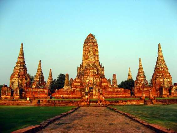Chiang mai 3* package for 3 days just rs 4568/-