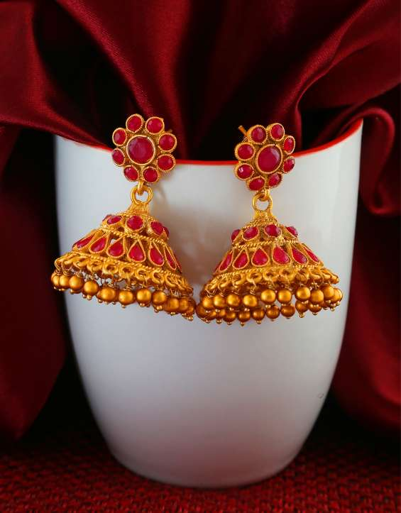 Buy wonderful collection of jhumka from anuradha art jewellery.