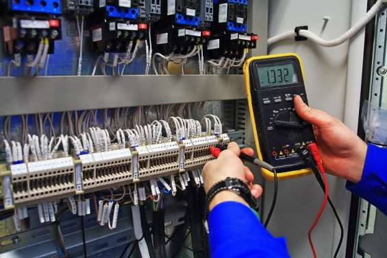 Pictures of Get the top electrical contractors near your location 1