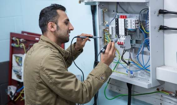 Pictures of Get the top electrical contractors near your location 4